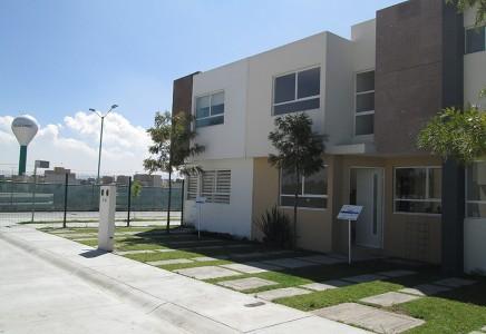 Casas en Queretaro Residencial Gema