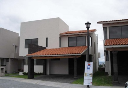 Exterior 1 Villa Toscana Balvanera