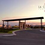 Juriquilla La Condesa, Portico de acceso