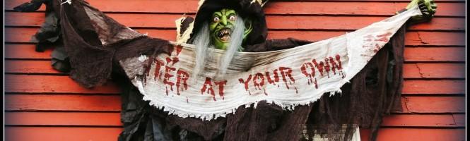 Bruja-Fachada-Salem-Halloween
