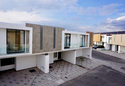 Casas en Queretaro Travertino Residencial
