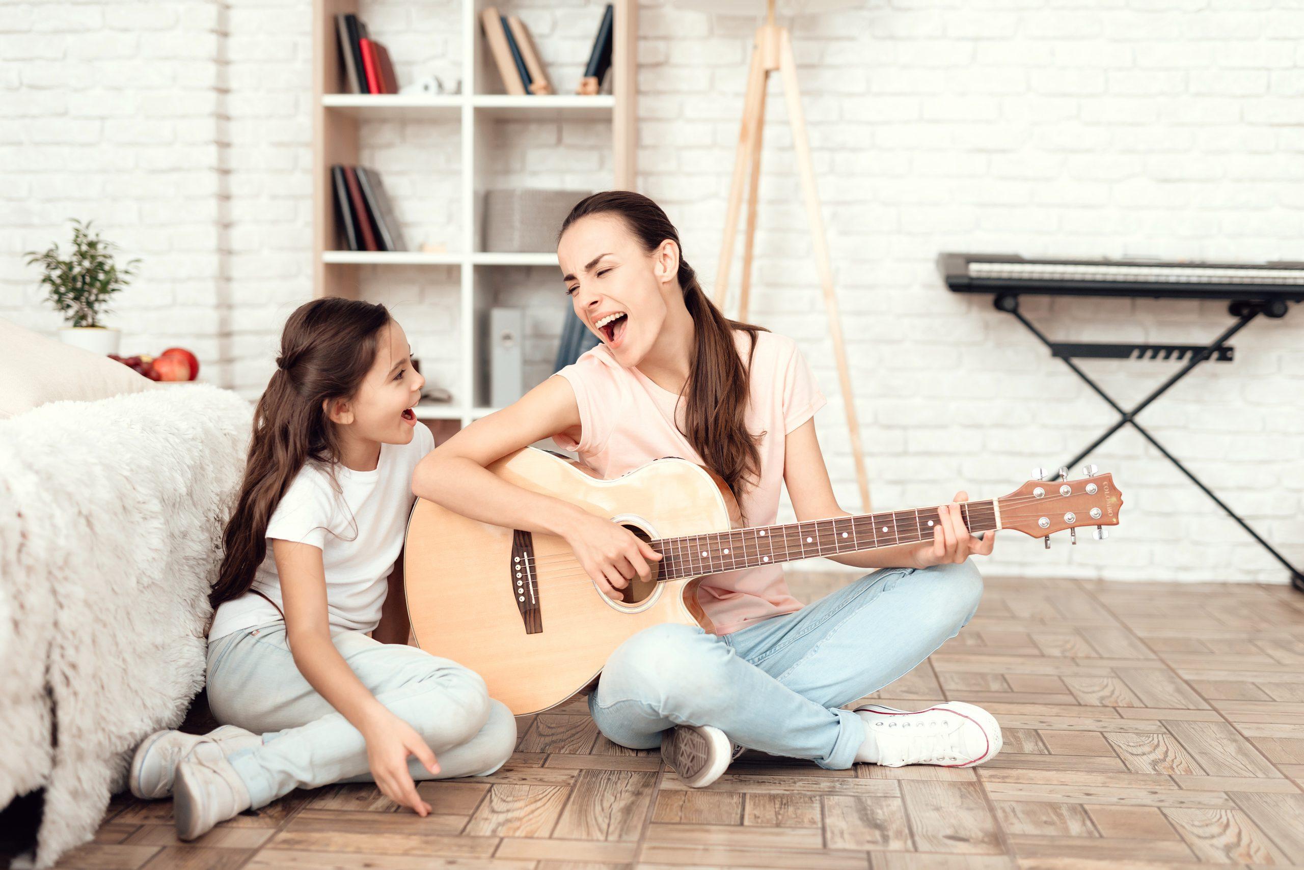 actividades en casa aprender a tocar un instrumento